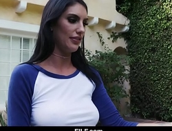 STEPSISTER AUGUST AMES GIVES AGGRESSIVE BLOWJOB Take STEPBROTHER - FILF