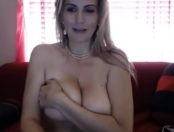 Fat tits blonde chat girl on cam