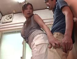xxx porn video 3xczlF3 下着が透けている女性のお尻に興奮してしまい、後をつけてみると...やがて女はその事に気づき、我慢した性欲が弾けて漏れだす!パート1。