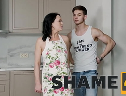 SHAME4K. Stud lures an older woman into having a kinky sex with toys