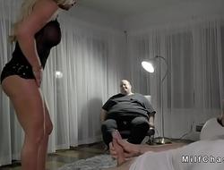 Wife sucks huge dick in order of retrench