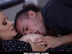 My Hot Mommy Sucks My Cock Like a Lustful Goddess - Julia Ann