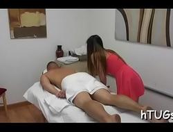 Hung client makes masseuse cum