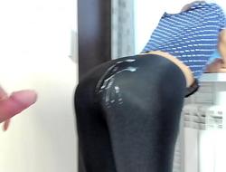 Milf in spandex leggings cum on ass