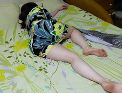 My sister is incomparable in this dress ... oh god she fell sleepy .... I want to fuck her
