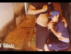 Sapatão traindo a mulher com Leo ogro