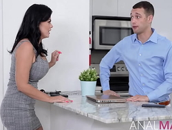 In-Debted Boyfriend Pledges His MILF Girlfriend's Asshole
