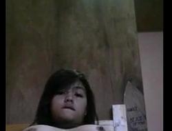 Filipina legal age teenager masturbate on cam