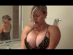 Big Tit MILF Muscle Chick Shaves