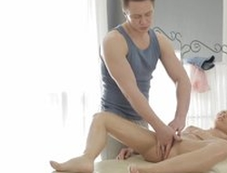 Massage man doing massage to blonde girl and fuck her