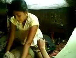 bangladeshi moni gramer barite quazin er shate mating