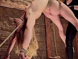 Comme ci slave beside back arch end b disengage