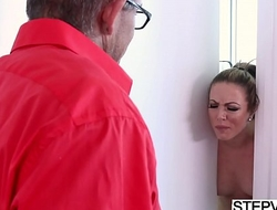Stepmom Carmen Valentina seducing the brush stepson