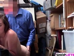 Stunning Shoplifter Gets Caught