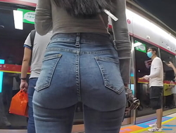 Nice tight jeans ass